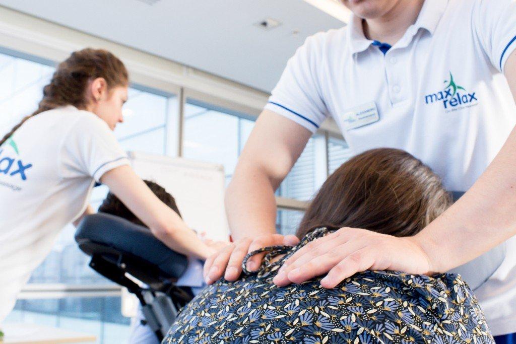 MaxRelax - promovare MaxRelax corporate companie de masaj la locul de munca